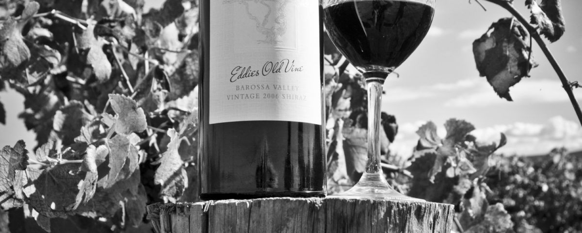 Atze's Corner Wine Black & White-127